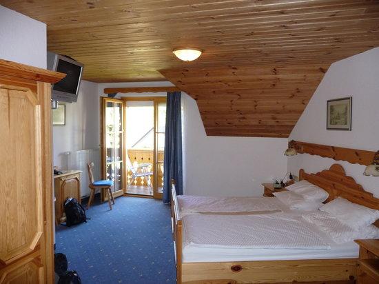 "Garni Hotel ""Berc"": Room"