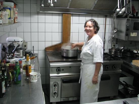 Landgasthaus zum Schwarzbachtal: Frau Siebert la Chef y dueña