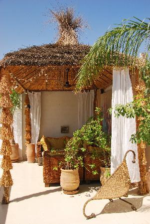 Riad Aguaviva: Rincón de la terraza