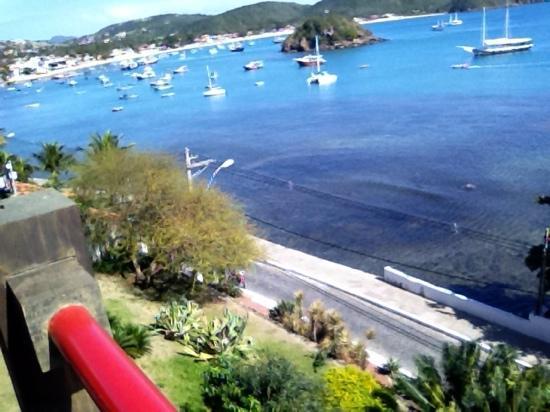 Hotel El Cazar: jardim vista mar
