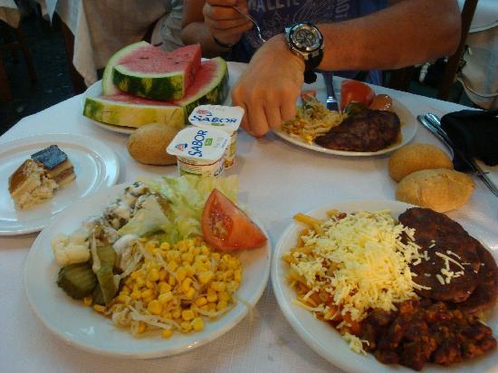 Hotel Amic Miraflores : Dinner