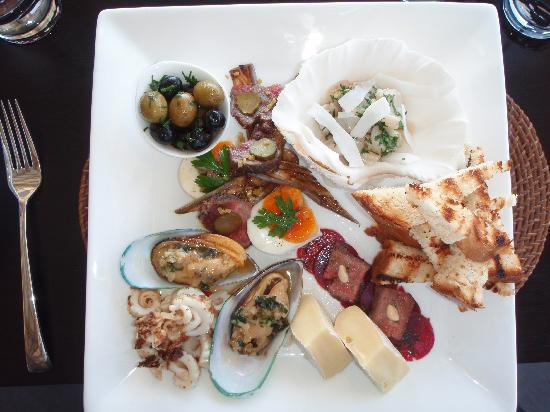 Tadrai Island Resort: AntiPasto Lunch Plate