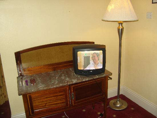Cahir, Irlande : small tv