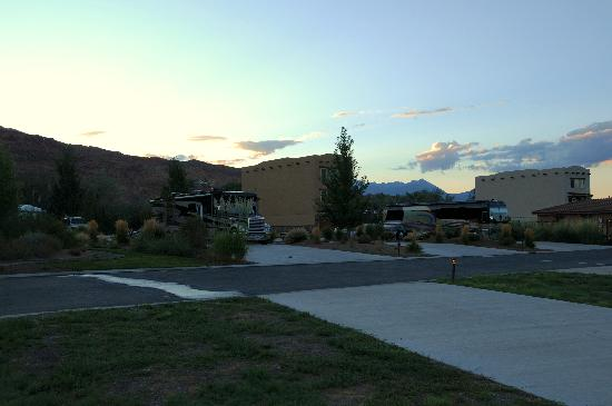 Portal RV Resort / Campground : Great Place for Big Rigs