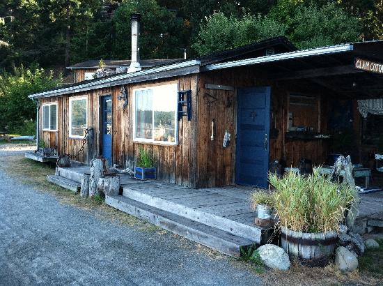 Sunset Marine Resort: Our Cabin!