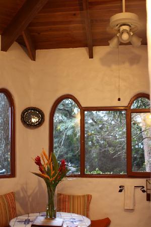Finca Rosa Blanca Coffee Plantation Resort: Kitchen in Pino