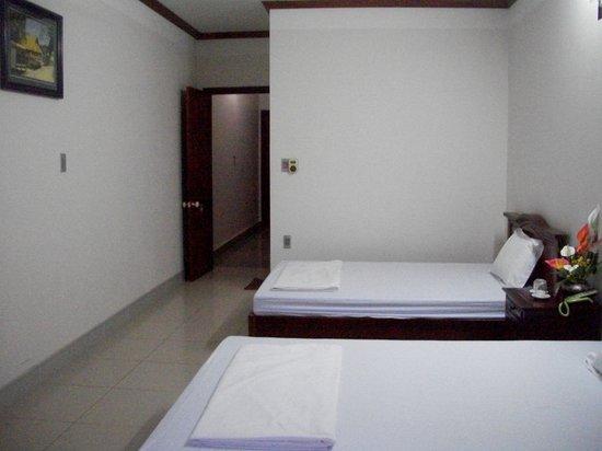 Ky Moi Hotel : Inside double room