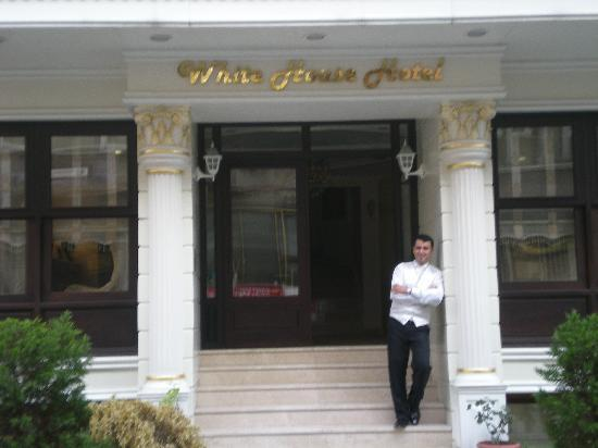 White House Hotel Istanbul: One of the awesome staff in the hotel entrance