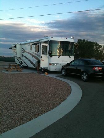 American RV Resort: Rving It