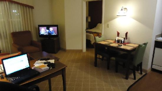 Residence Inn Lakeland: Room 308 - 1