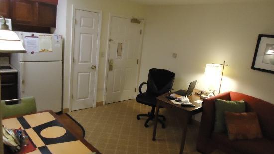 Residence Inn Lakeland: Room 308 - 5