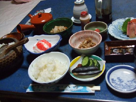 Ryokan Irifune : もちろん、朝食もご馳走です!