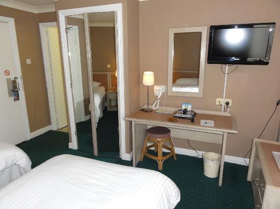 Gardens Hotel: ツインルーム