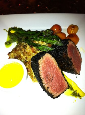 Latin Soul Restaurant: fillet mignon with a coffee rub