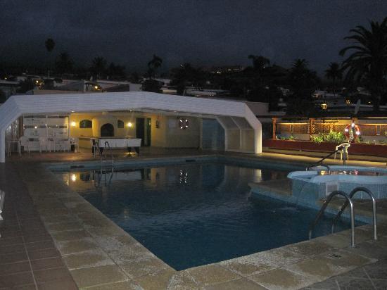 Hotel Perla Tenerife: Pool