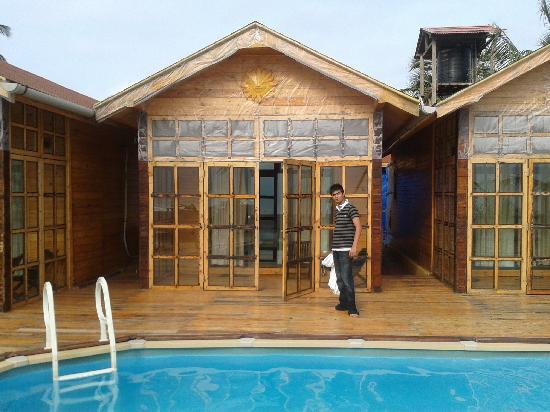 Aryans: Our Cottage...Second Trip
