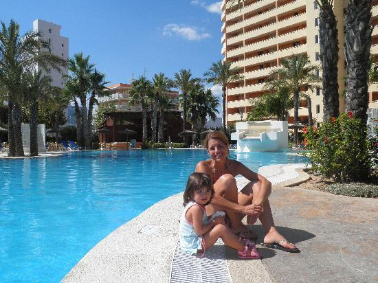 Hotel RH Ifach : PISCINA DEL HOTEL