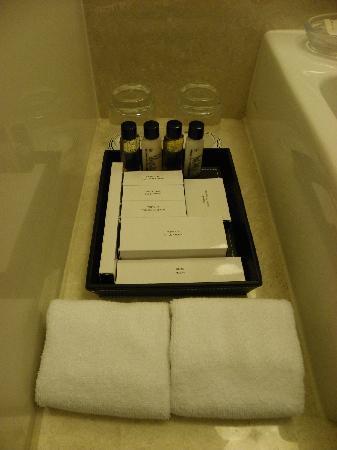 โรงแรมเฟรเซอร์ เพลส กัวลาลัมเปอร์: Bathroom amenities