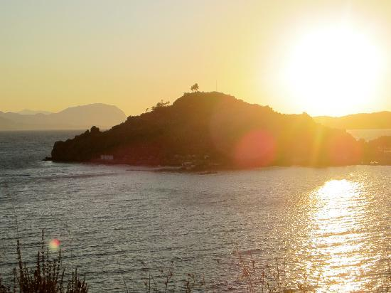 Golden Key Bordubet: The Hotel's Private Island- You can have dinner at the top!