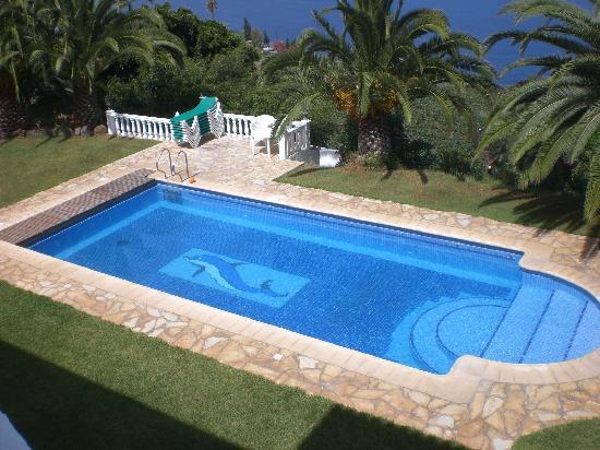 Residencial Rolando: hauseigner Pool