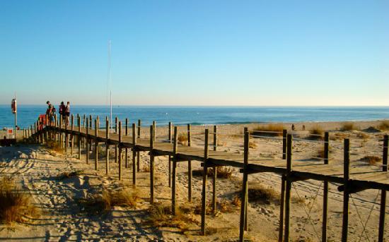 Quinta Velha Village: Dune séparant lagune & plage de Cabanas