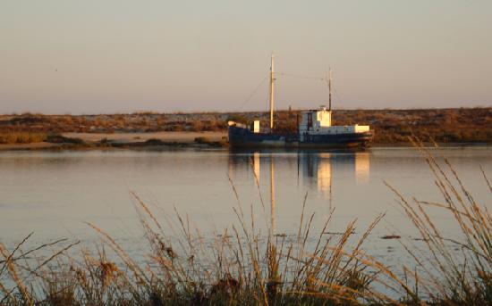 Quinta Velha Village: Ballade le long de la lagune