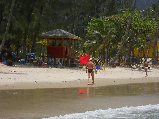 Maracas Bay: Lifeguard