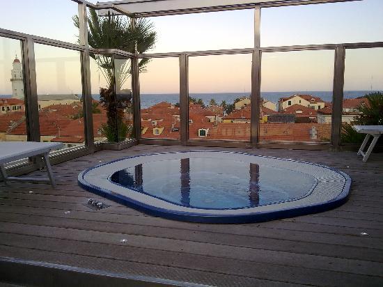 Verwonderlijk whirlpool op dakterras - Foto van Hotel Torino Wellness & Spa DT-56