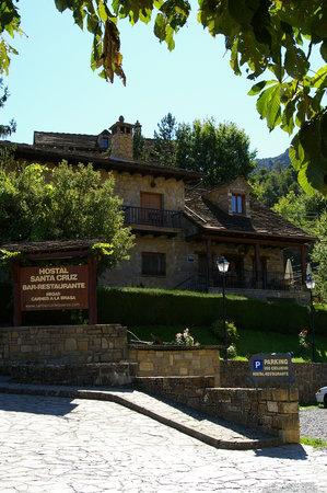 Hosteleria Santa Cruz de la Seros