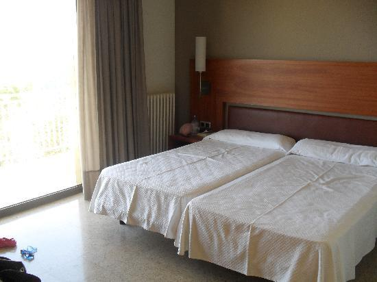 Hotel Can Fisa: main bedroom