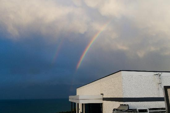 Royal Court Hotel : Double rainbow, taken from our balcony.