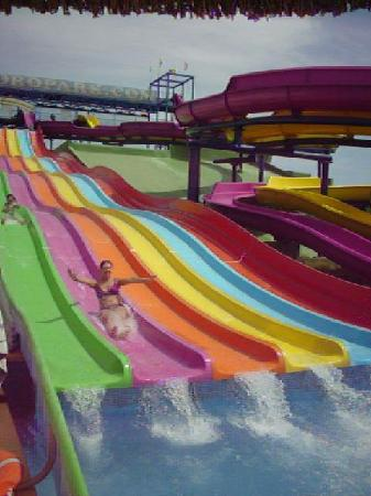 Club MAC Alcudia: Some of the slides at the waterpark!