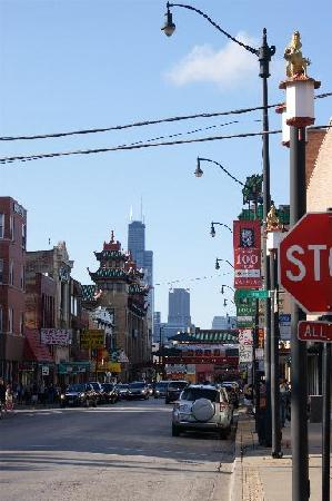 Chicago Chinatown: Looking north down Wentworth Avenue