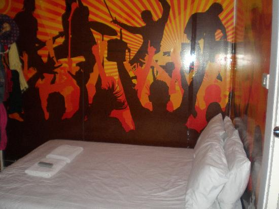 Take a Nap Hotel: funky room