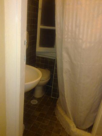 Hotel Texas: bagno della nostra stanza