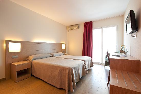 Hotel Benidorm Plaza: habitación