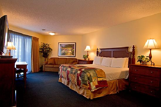 Weathervane Terrace Inn and Suites: Jacuzzi Room