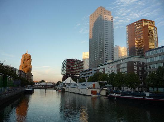 H2OTEL Rotterdam: vue extérieure