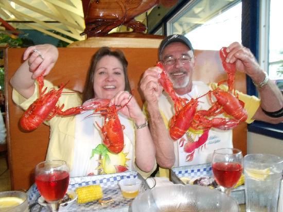 New England Fish Market & Restaurant: LOBSTERMANIA