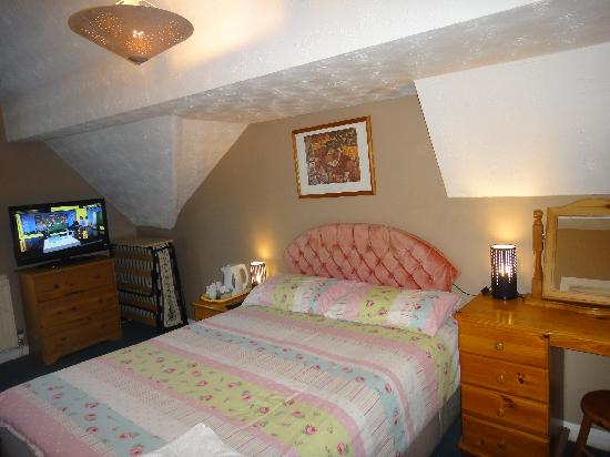 Maindee Guest House: one of our rooms