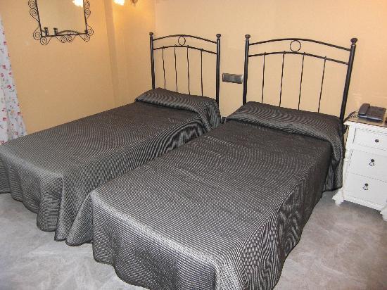 Caballero Errante Hotel: Las camas 2