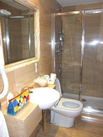Caballero Errante Hotel: Baño