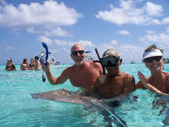 Stingray City: More fun with the rays