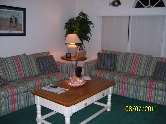 Sea Trail Golf Resort & Conference Center: Portion of Living Room