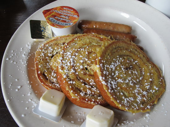 Elephant & Castle Pub & Restaurant: French Toast at Elephant & Castle- the Best!!