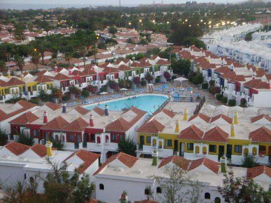 Bungalows Vistaflor: Vista del complejo Vista Flor desde el Mirador del Golf