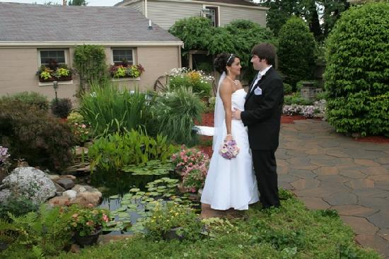 Cincinnati's Weller Haus Bed and Breakfast: We host fabulous boutique weddings in our gardens.