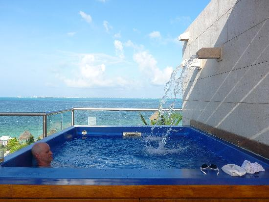 Beloved Playa Mujeres: Our plunge pool at the Consentida 3