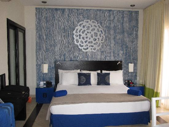 Ocean Maya Royale: Awesome room with lots of room :)
