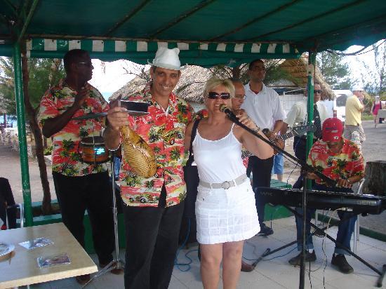 Melia Península Varadero: entertainment people always very nice!!!